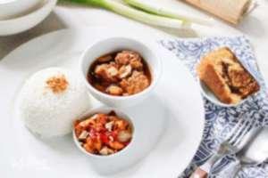 Kulina - Nasi Semur Bola Daging, Tumis Oncom dan Kue Bolu