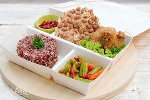 Kulina - Ayam Goreng dan Tumis Buncis (Nasi Merah)