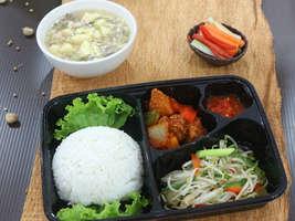 Kulina - Ayam Kuluyuk dan Taoge Sayur